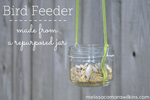 Make a bird feeder from a recycled jar